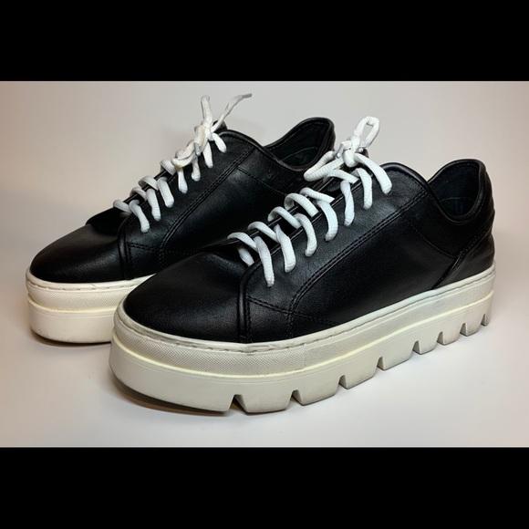 a75ffb3f9d8 Steve Madden Kickstart Fashion Sneaker 8M Platform